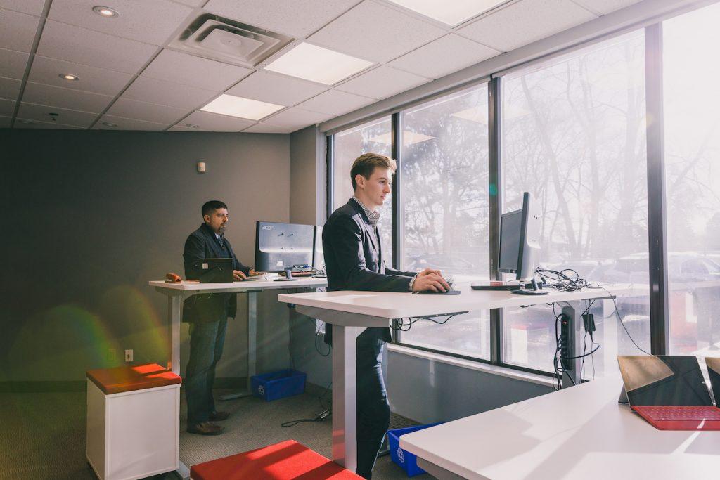 Faktori employees at desks
